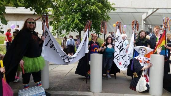 Torchbearers and Sisters of Perpetual Indulgence at Pride Scotia 201493_10152228790770888_940154510_n